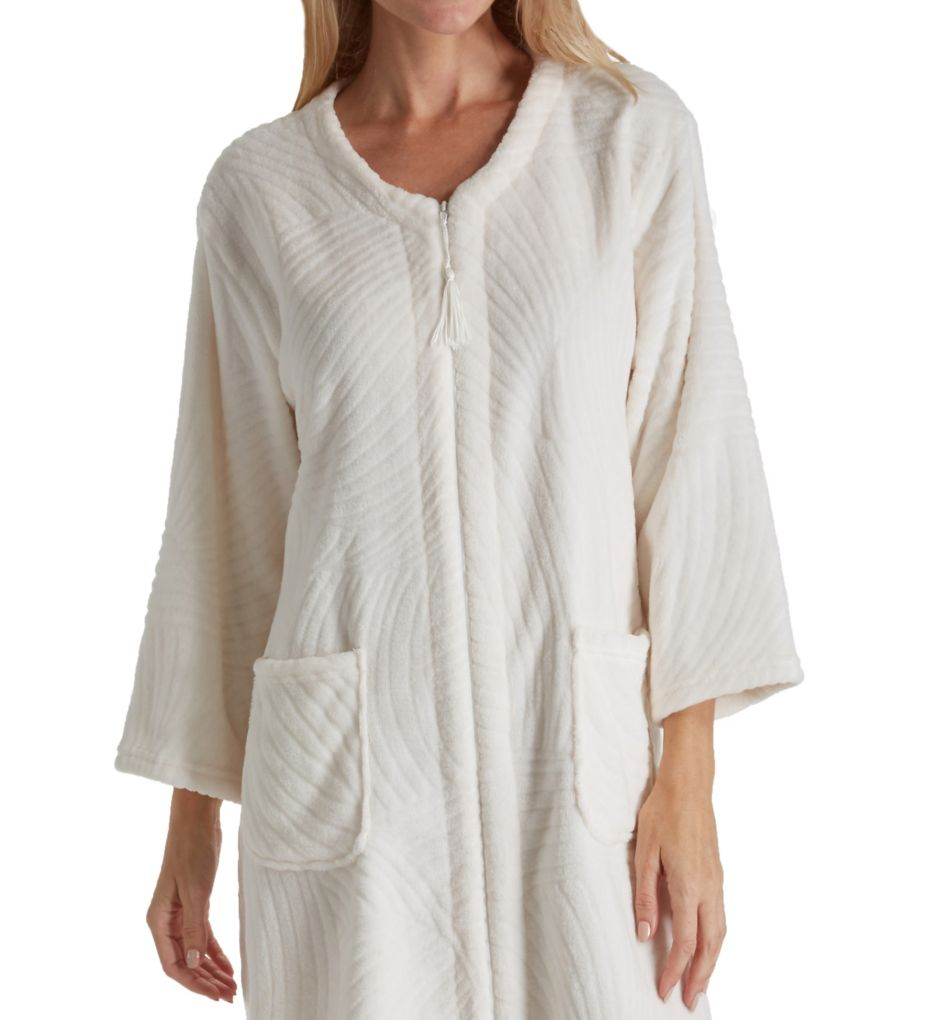 Miss Elaine Jacquard Cuddle Fleece Short Zip Robe 836547