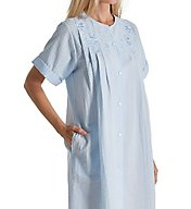 Miss Elaine Seersucker Short Snap Front Robe 853656
