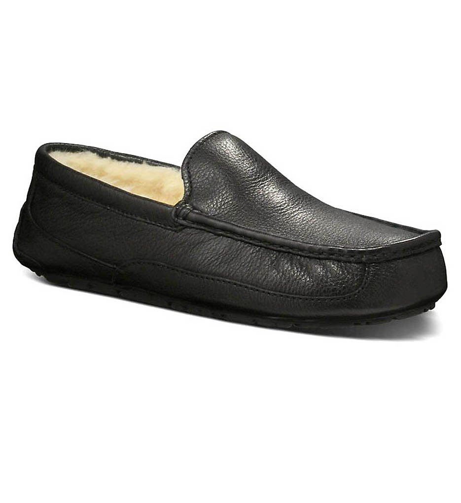 UGG Ascot Leather Slipper 5379